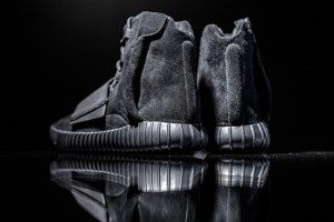 Yeezy-Boost-750-Black7