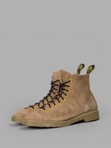 off-whitexdr-martens-26
