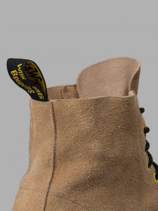 off-whitexdr-martens-27