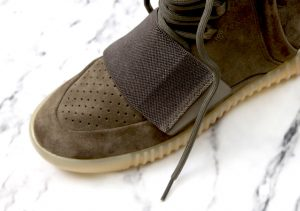 yeezyboost750right_brown-11