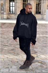vetements%e3%82%ab%e3%83%8b%e3%82%a8