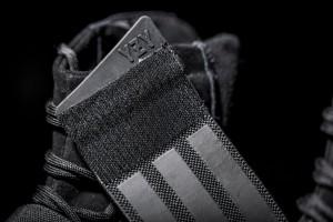 Yeezy-Boost-750-Black9