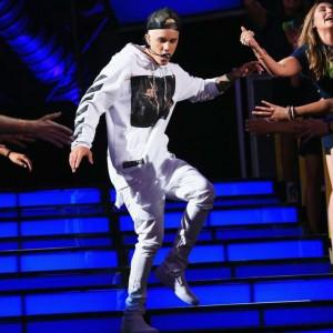 Justin-Bieber-OFF-WHITE (オフホワイト)1